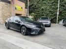 Toyota Camry SE Hybrid